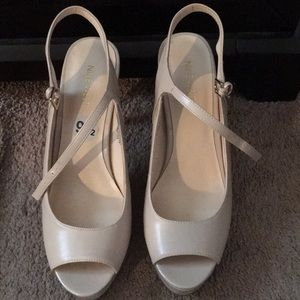 Brand 🆕 NINE WEST Tan Heels 👠
